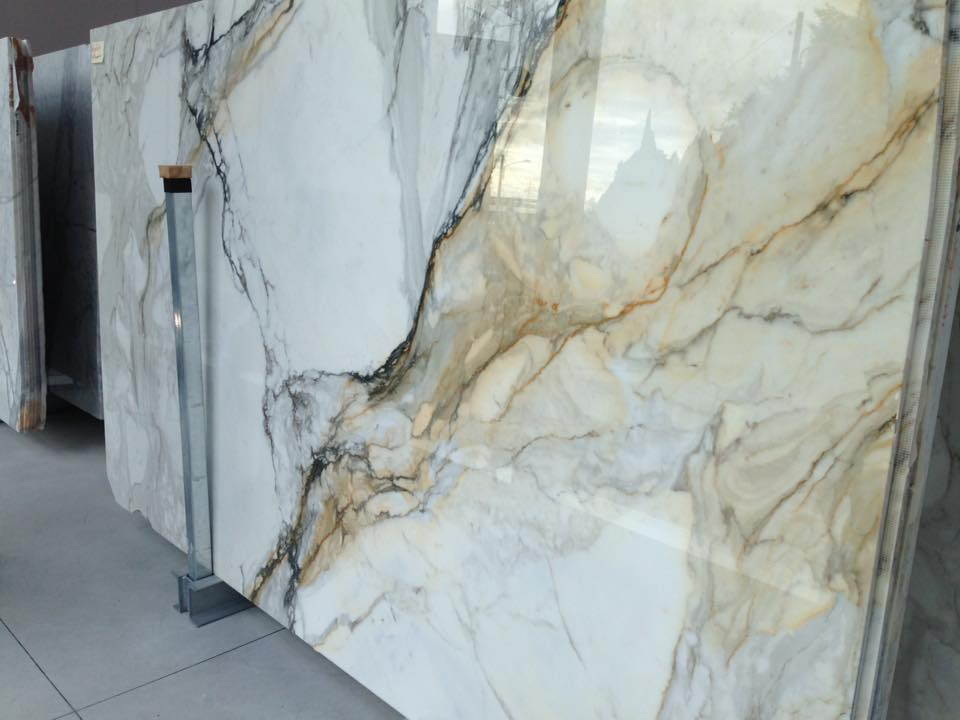 Calacatta Gold Marble : Calacatta marble tiles suppliers uk